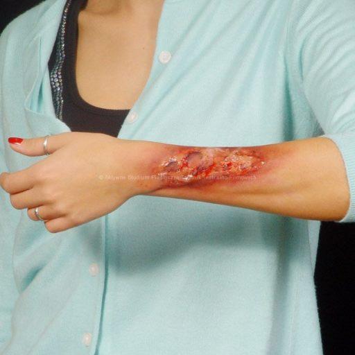 Wyższa Szkoła Artystyczna, malarstwo w scenografii, fx, efekty specjalne, rany,