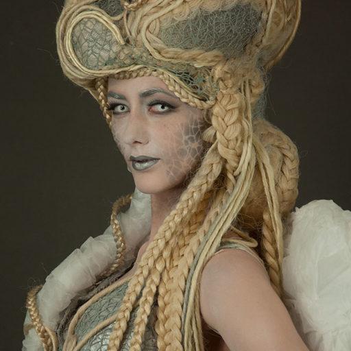 wyzsza szkola artystyczna, aniol, demon, bodypainting, kostuum, rekwizyt sceniczny, charakteryzacja, makeup, makijaz, fx