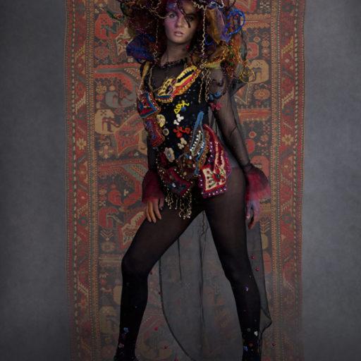 wyzsza szkola artystyczna, kobierce, kostium, rekwizyt sceniczny, bodypainting, charakteryzacja, makijaz