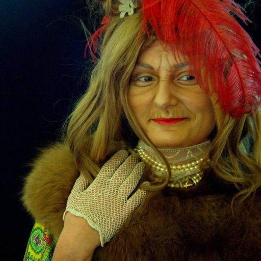 wyzsza szkola artystyczna, teatr, charakteryzacja, kostium, babcia, postarzanie