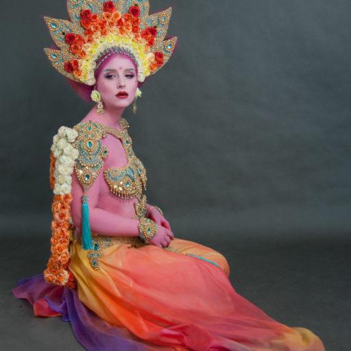 wyzsza szkola artystyczna, kostium, charakteryzacja, bodypainting, orient, folklor, kobieta, kulturowość