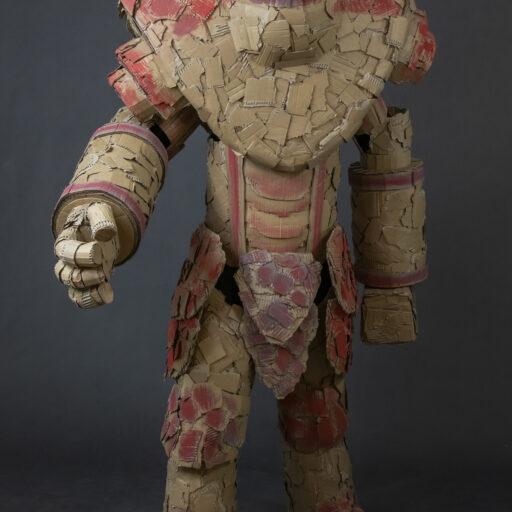 Kostium wykonany z papieru